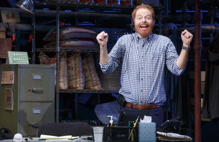 fully-committed-jesse-tyler-ferguson-broadway-sets-01